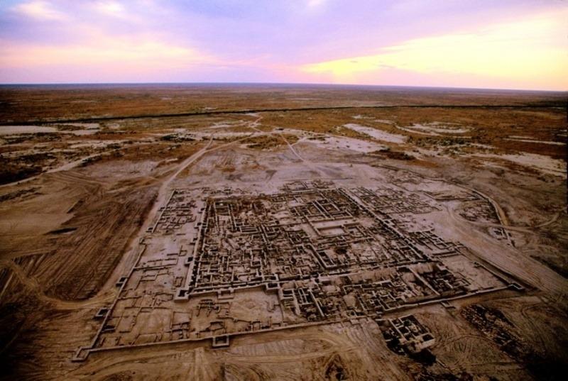 Раскопки древнего городища Алтын-депе (Золотой холм)