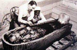 Проклятье фараонов